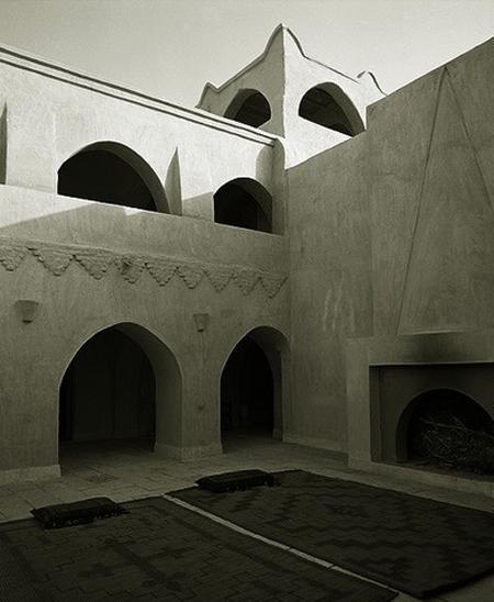Louboutin-house-in-egypt