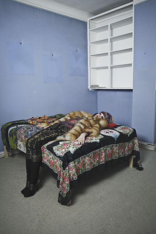 Svetlana Mukhina by C閏ile Bortoletti (L___'Ottomane - L___'Officiel Paris December 2010) 6